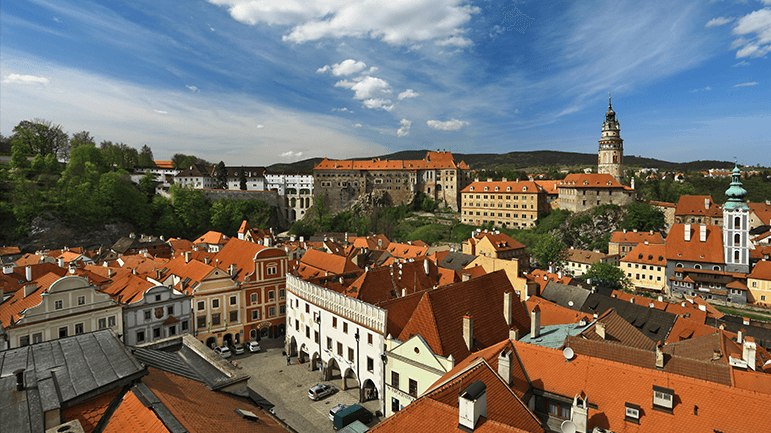 old city from the top   ©Stadt Cesky Krumlov  Foto Ing. Libor Sváček_small.png