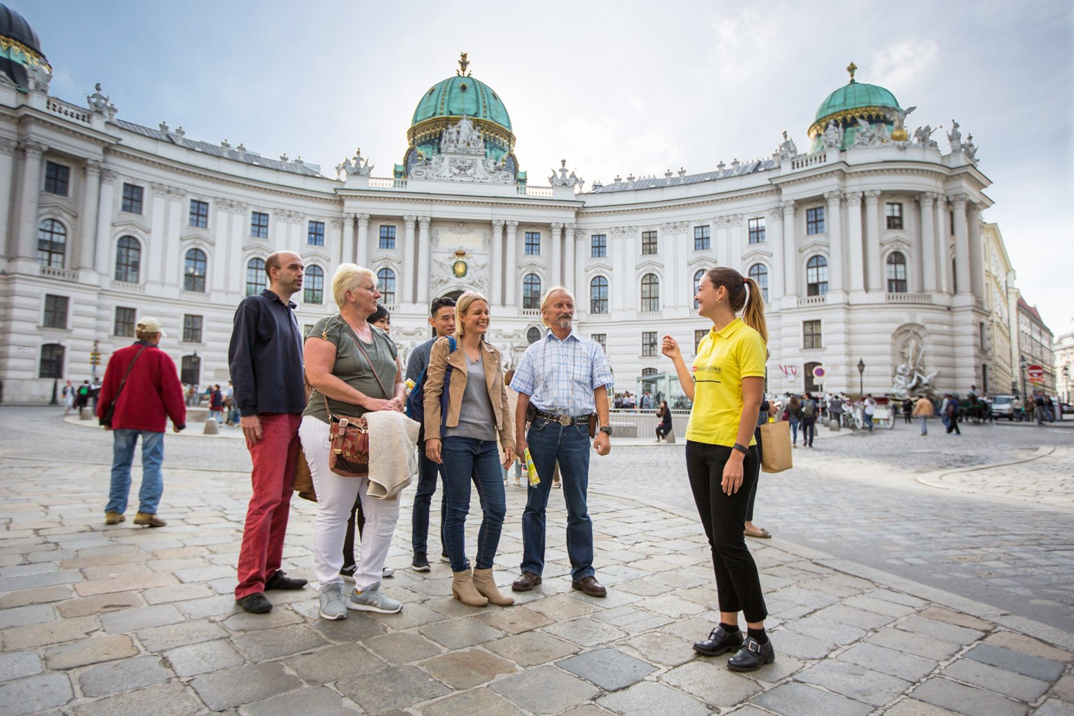 18_Walking-Tour-(c)-VIENNA-SIGHTSEEING-TOURS_Maximilian-Rosenberger-(18).jpg